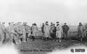 Oficiales alemanes e ingleses en tierra de nadie, Navidad de 1914