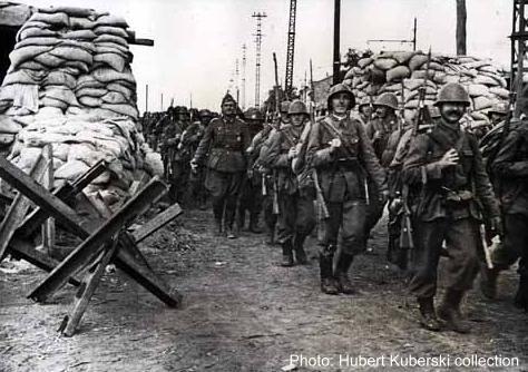 Soldados rumanos durante la invasión de Rusia