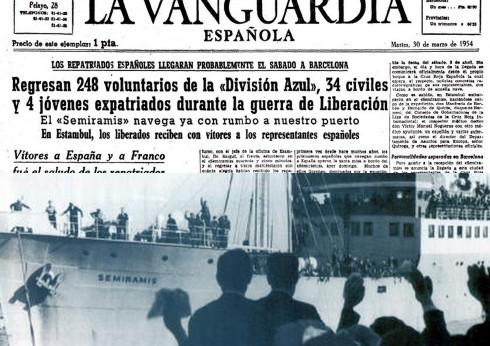 Llegada del Semíramis a Barcelona y noticia sobre su llegada en La Vanguardia de 30 de marzo de 1954