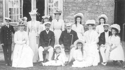Nicolás II y su familia